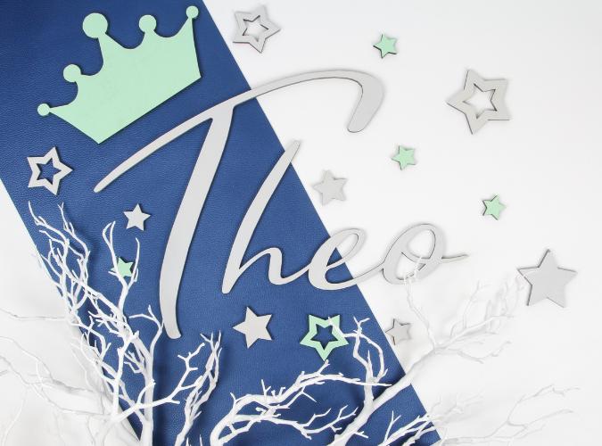 Türschild mit Name Theo, Sterne und Krone